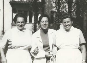 Ženská sestra Julie Vašinová (vlevo) s kolegyněmi z Olomouce
