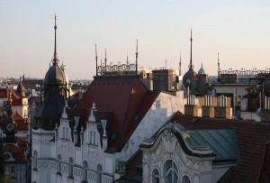 Praha, panorama s věžemi